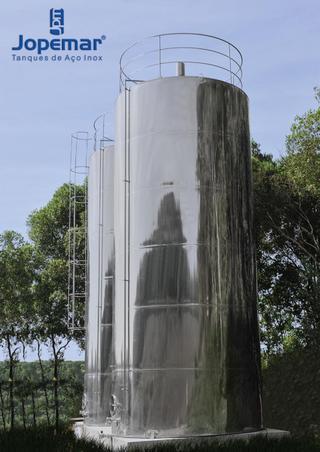 Reservatório de água mineral